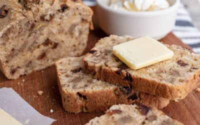 Edith's Oatmeal Date Nut Bread
